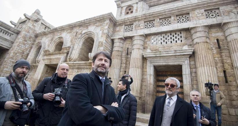 Il ministro dei Beni e delle Attività Culturali, Dario Franceschini e il presidente di Cinecittà, Roberto Cicutto